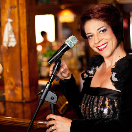 oana-lianu-jazz-cafe-05